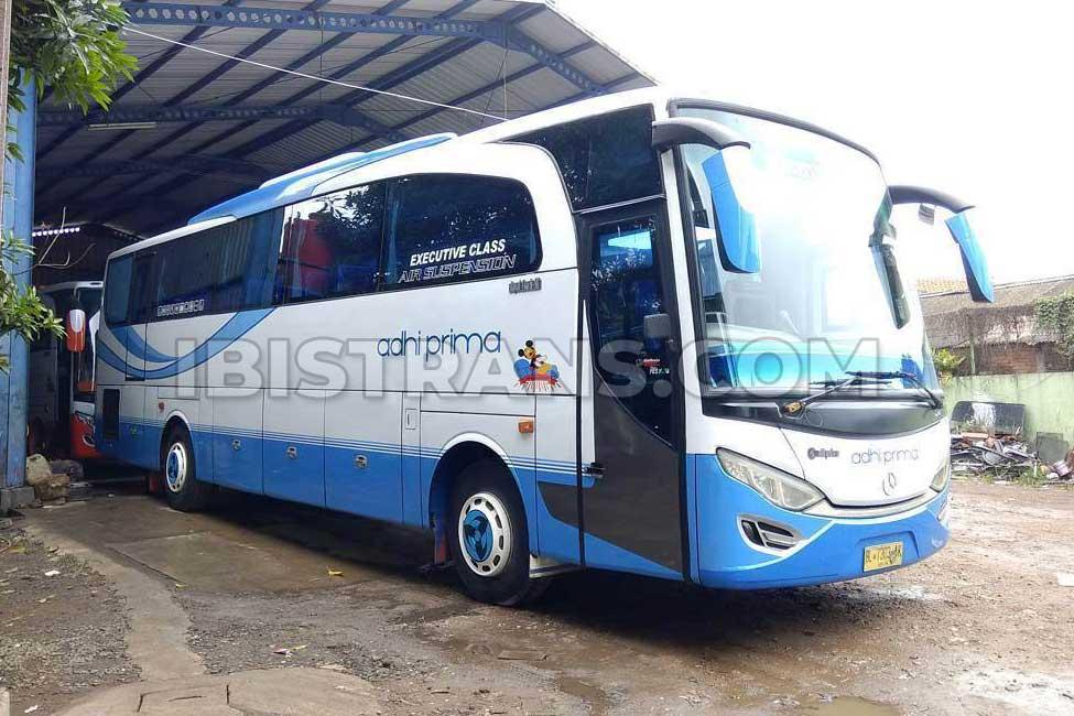 ibistrans.com foto sewa bus pariwisata big adhi prima