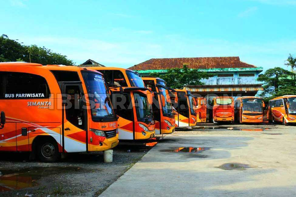 ibistrans.com garasi bus pariwisata semanta tangerang