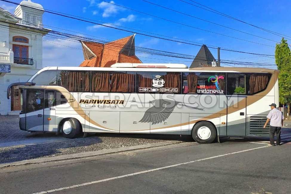 ibistrans.com harga bus pariwisata limas