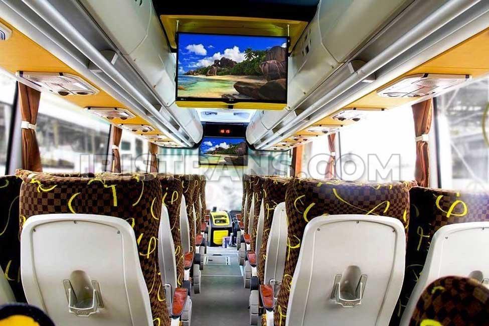 ibistrans.com interior sewa bus pariwisata kanaya transport