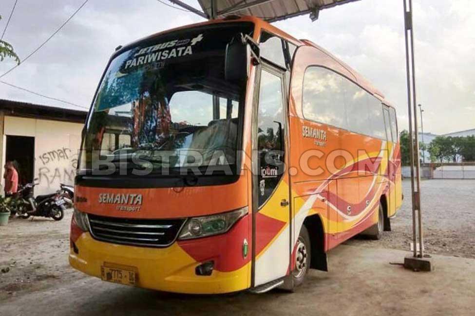 ibistrans.com sewa bus pariwisata medium semanta