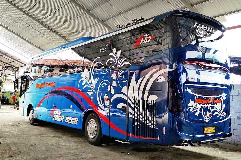 ibistrans.com sewa bus pariwisata megati trans Xhd