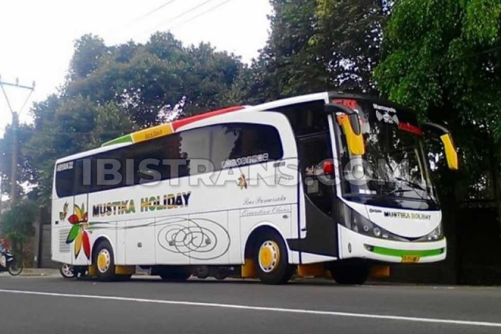 ibistrans.com sewa bus pariwisata mustika holiday