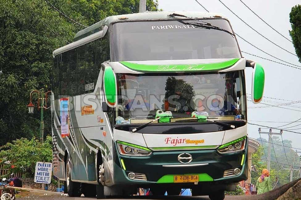 Ibistrans.com bus pariwisata jakarta Fajar Transport