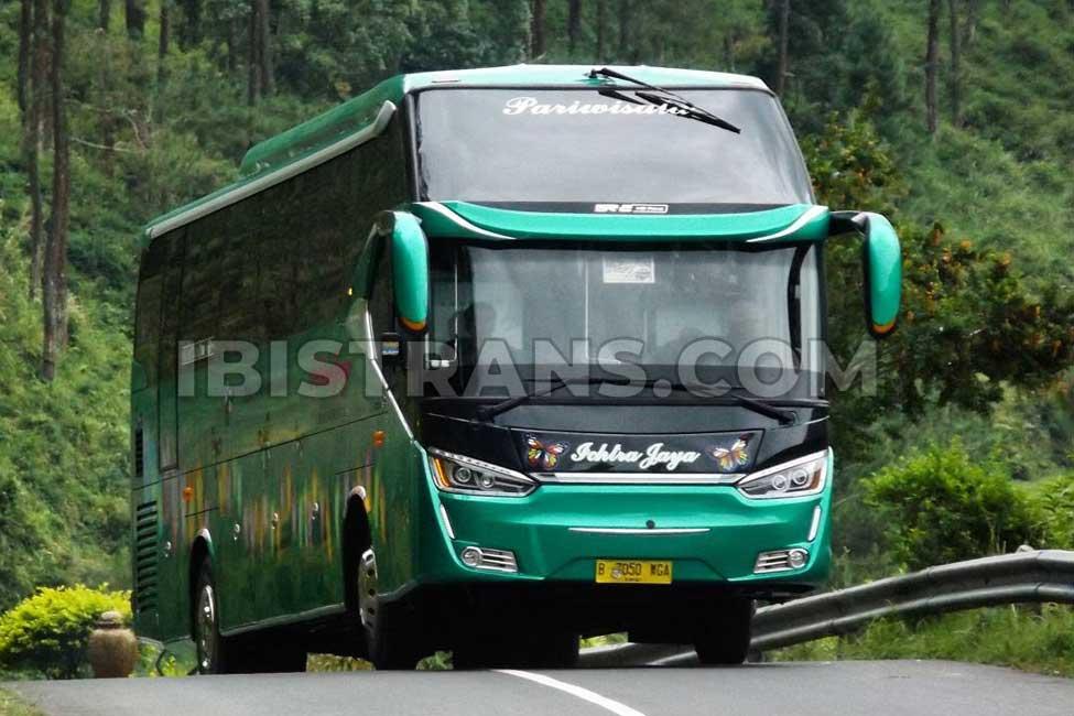 ibistrans.com bus pariwisata tangerang Ichtra Jaya Legacy Sr2 HD Prime