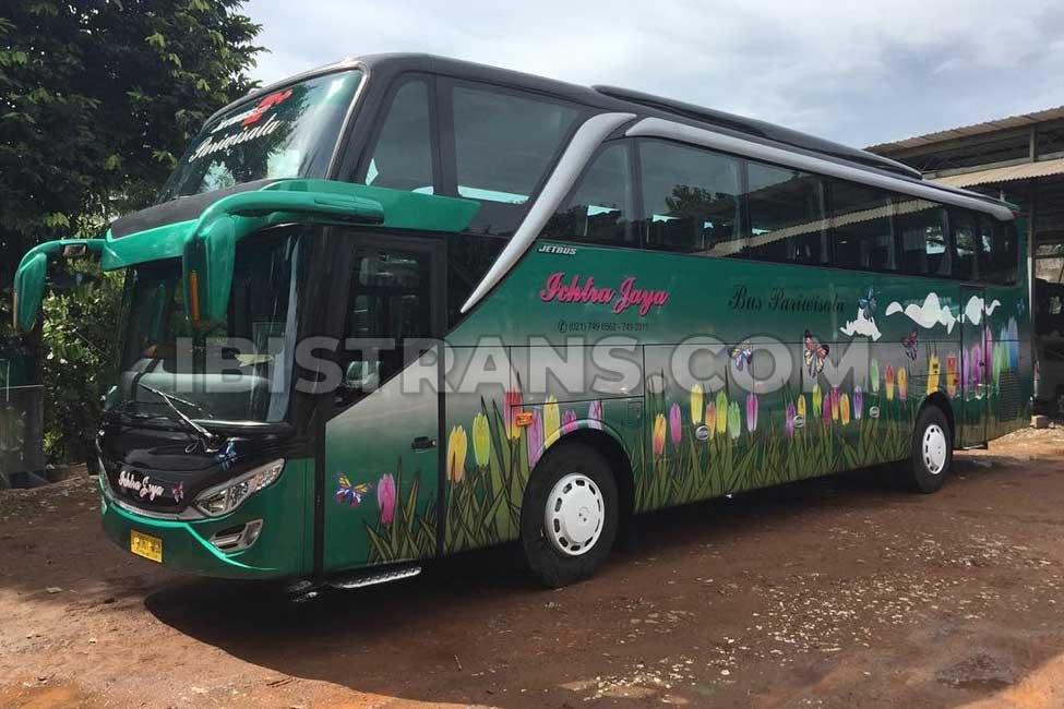 ibistrans.com foto bus pariwisata Ichtra Jaya