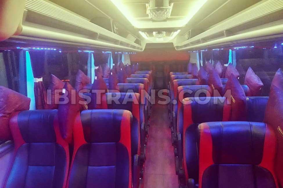 ibistrans.com foto interior bus pariwisata Mangurus Trans