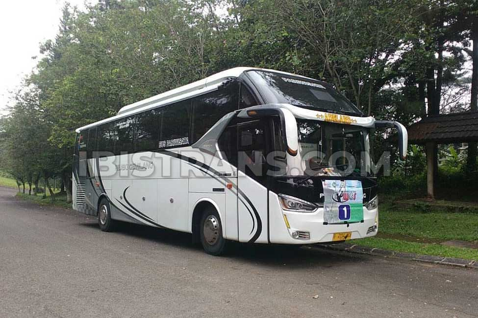 ibistrans.com gambar bus pariwisata Rejeki Gemilang