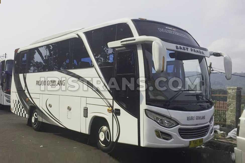 ibistrans.com po bus pariwisata Rejeki Gemilang bus medium